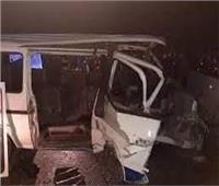جثتان و 4 مصابين في انقلاب سيارة ميكروباص بكرنك قنا| صور وأسماء