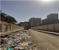 رفع 75 طن من المخلفات والقمامة ونقلها إلى الظهير الصحراوي بالمنيا