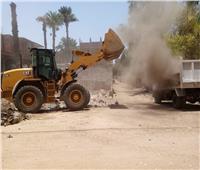 في العيد..ضبط 7 حالات بناء مخالفة ورفع 150 طن قمامة بفرشوط