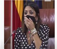 شاهد| فأر يصيب نواب البرلمان بالهلع