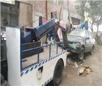 رفع38 سيارة ودراجة نارية متهالكة من الشوارع والميادين