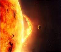 عاصفة شمسية تضرب الأرض اليوم وتؤثر على الطاقة والأقمار الصناعية
