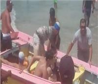 إطلاق صافرات الإنذار لإخلاء شاطئ رأس البر بسبب ارتفاع الأمواج