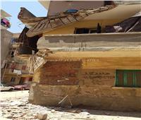 انهيار شرفة منزل مكون من طابقين في بني سويف
