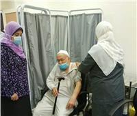 إقبال كبير على مراكز التطعيم ضد كورونا في رابع أيام العيد بالبحيرة