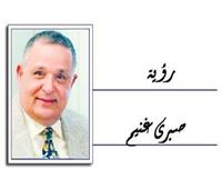 د. حسام السيد أستاذ أعصاب الوجه ينصحكم: لا تشربوا المــاء المثلج فى الصيف لخطورته على عضلات البلع