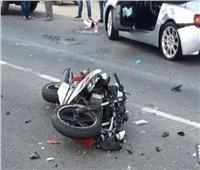 بسبب السرعة.. مصرع وإصابة زوجين في تصادم ميكروباص بدراجة نارية