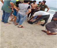 مصرع شاب وفقدان آخر بسبب ارتفاع أمواج البحر في العريش