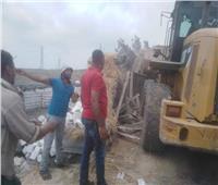 إزالة أربع حالات بناء مخالف بدون ترخيص بجنوب بورسعيد.. استغلوا فترة العيد |صور