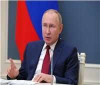 الرئيس الروسي يبحث مع نظيره الكازاخستاني العلاقات الثنائية والقضايا الإقليمية