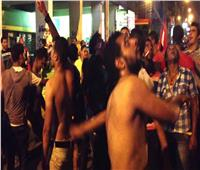 """القبض على شباب رقصوا عرايا أثناء """"نقل عفش"""" في بسيون"""
