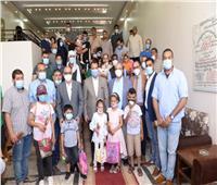 جامعة أسيوط تستقبل 30 طفلًا ليبيا لعلاج الشفة الأرنبية وشق الحلق