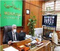 رئيس جامعة المنوفية يوجه بسرعة الانتهاء من مراجعة جميع نتائج الطلاب