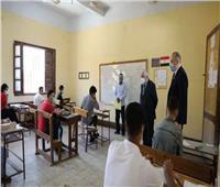 تداول أسئلة امتحان اللغة الإنجليزية عبر السوشيال ميديا| صور