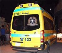 «المعمل الجنائي» يعاين موقع حادث الطريق الزراعي وتصام 3 سيارات بالمنيا