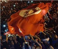 خاص| الجالية المصرية بتونس تشارك فرحة التونسيين بقرارات قيس سعيد.. صور