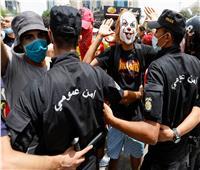 تجدد الاشتباكات أمام البرلمان التونسيوالإخوان يحاولون اقتحامه