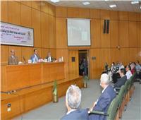 ندوة «التحديات التي تواجه الدولة وتداعياتها على الأمن القومي» في جامعة أسيوط