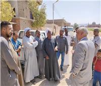 رئيس مياه قنا يبحث شكاوى المواطنين من ضعف وانقطاع المياه