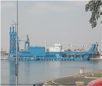 الكراكة «حسين طنطاوي» تصل قناة السويس استعداداً للانضمامها لأسطول الهيئة