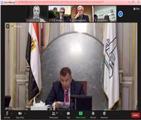 رئيس جامعة عين شمس يؤكد علي التقدير الكبير لنجاح ستوديو التصميم الدولى