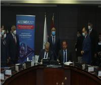 كامل الوزير يشهد توقيع عقد الرعاية الرسمي للدورة الرابعة من معرض النقل الذكي