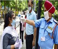 الهند تُسجل أكثر من 43 ألف إصابة جديدة بكورونا و640 وفاة
