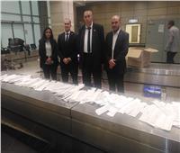 جمارك مطار القاهرة تضبط محاولة تهريب كمية من الخيوط الجراحية التعويضية