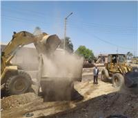 حملة مكبرة بمنفلوط للنظافة وتمهيد الطرق بمشاركة الانقاذ السريع في أسيوط