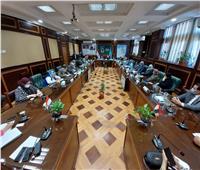 محافظ البحيرة ورئيس جامعة دمنهور يطلقان مبادرة «إنجاز بلدك»