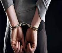 للخلاف على الزواج .. ضبط المتهم بقتل شاب وإصابة والدته بقنا