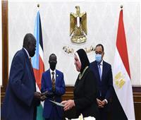 توقيع وثائق لتعزيز التعاون الثنائي بين مصر وجنوب السودان