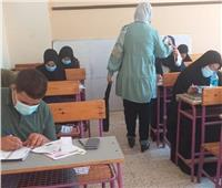 بدء دخول طلاب الثانوية العامة للجان الامتحانات بالمنيا