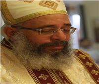 «أساقفة الكنيسة» يشاركون في صلوات تجنيز كاهن كنيسة الأزبكية