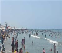 إنقاذ 37من الغرق وتسليم 314 طفلًا تائهًا بشواطئ رأس البر