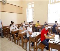 «الأحياء والاستاتيكا» يجمعان طلاب الشعبة العلمية في اليوم الـ15 لامتحانات الثانوية