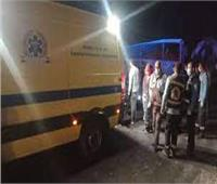 تصادم سيارة نقل بـ٥ أتوبيسات في أسيوطدون إصابات