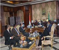 محافظ المنيا يستقبل وفد برنامج التنمية المحلية بصعيد مصر