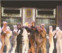 «لولو وجيرمان وبلدي»..21 ممثلاً يجسدون أزمة  كلاب الشوارع على المسرح