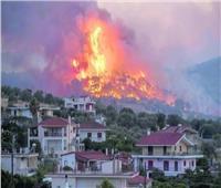 عناصر الإطفاء يواصلون إخماد الحرائق في اليونان
