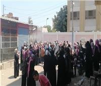 احتفالات بين طالبات العلمي في نهاية امتحانات الثانوية العامة فى الإسماعيلية