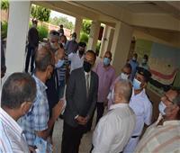 محافظ المنيا يكشف كواليس التعامل مع حادث سيارة «امتحانات الثانوية العامة»