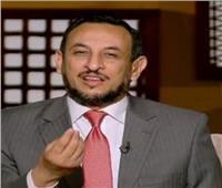 رمضان عبد المعز: «القلب إذا اطمأن استراح الجسد كله»