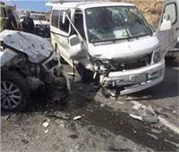 بالأسماء إصابة 10 أشخاص في تصادم ميكروباص بسيارة ملاكي بـ«الغردقة»