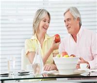 ٦ أطعمة يجب الاستغناء عنها بعد سن الخمسين