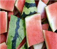 للسيدات| ماسك قشر البطيخ لتفتيح البشرة في الصيف