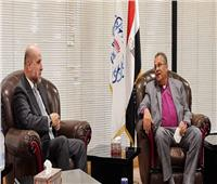 «مستشار الرئيس الفلسطيني» يشيد بمبادرة السيسي لإعادة إعمار غزة