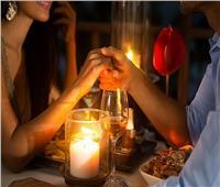 برج الجدي اليوم.. ادعو شريك حياتك لعشاء رومانسي