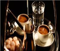عادات قديمة.. سر تقديم كوب الماء مع فنجان القهوة