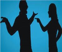 الزوج الفتان دفعها لطلب الطلاق